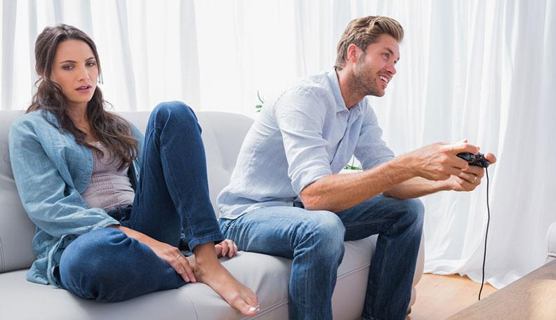Ignorer une fille pour la rendre amoureuse [PUNIQRANDLINE-(au-dating-names.txt) 51